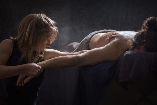 Interview Emmanuelle Roelants sur le massage